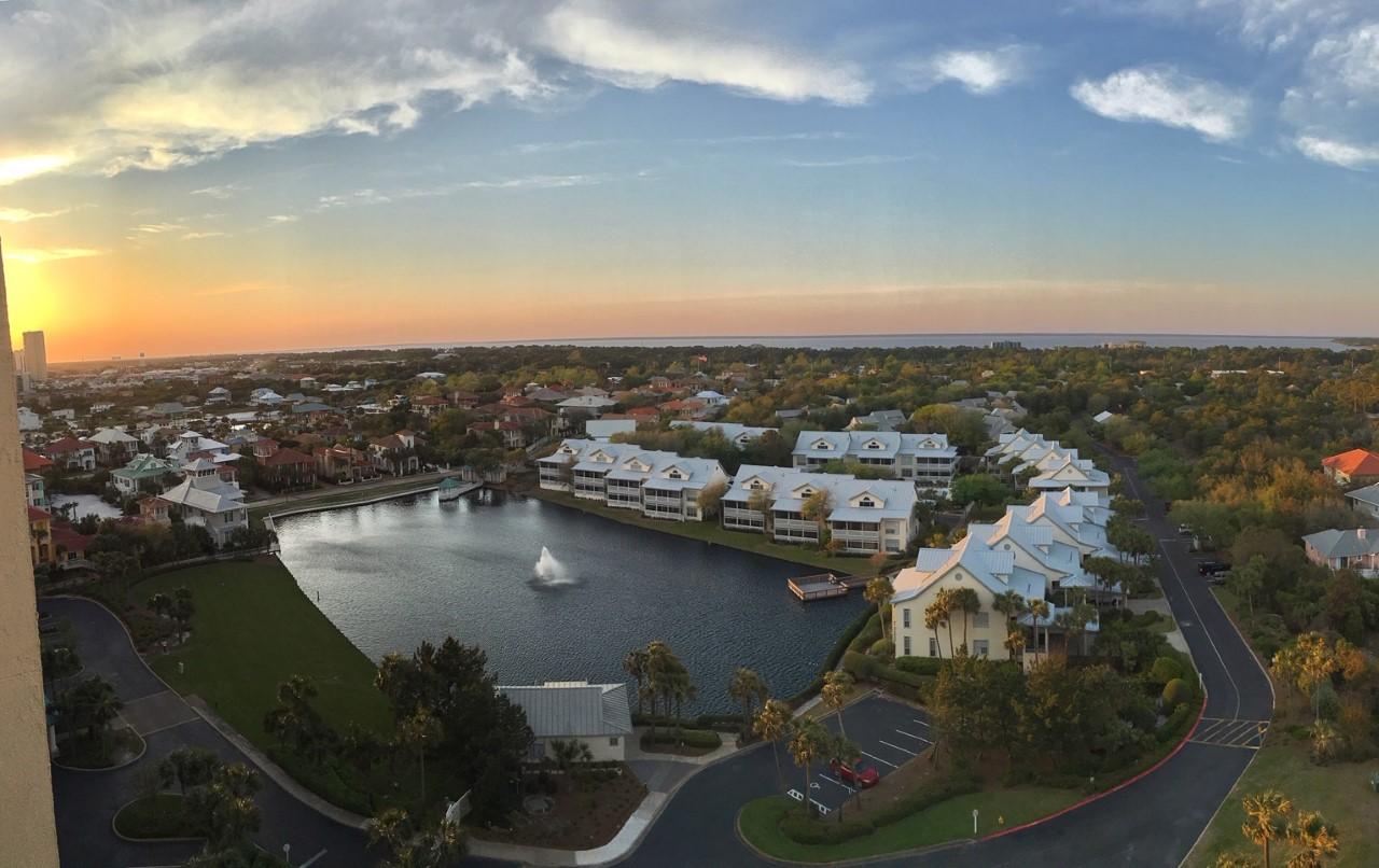https://bayviewwealth.com/wp-content/uploads/2021/01/Destin-Florida-Aerial-View.jpg